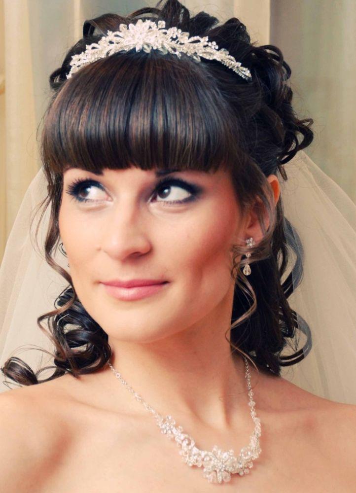 Прически для невесты под фату
