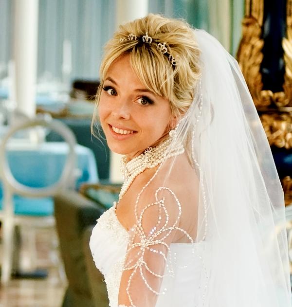 Свадебные прически с фатой - 100 красивых вариантов 69